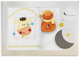 Хавлия за баня с играчка - Жирафче - Размери 100 x 100 cm -