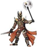 Рицар със средновековно оръжие - Фигура от серията Фентъзи -