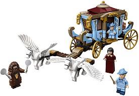 LEGO: Хари Потър - Каляската на Бобатон пристига в Хогуортс - Детски конструктор -