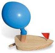 Лодка с балон - Дървена играчка -