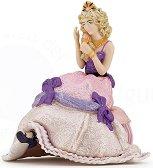 """Седяща принцеса - Фигура от серията """"Герои от приказки и легенди"""" - фигура"""