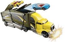 """Камион за катастрофи - Crashin' Big Rig - Играчка от серията """"Hot Wheels"""" -"""