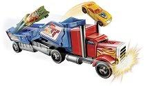 """Камион за катастрофи - Crashin' Big Rig - Играчка от серията """"Hot Wheels"""" - продукт"""