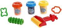 """Пластилин с формички и валяк - Комплект от серията """"Fun Dough"""" -"""