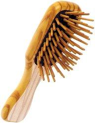 Четка за коса с дървени щифтове - маска