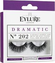 Eylure Dramatic 202 - Мигли от естествен косъм в комплект с лепило - продукт