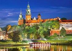 Вавелският замък през нощта, Полша -