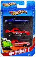 """Комплект от 3 метални колички - Играчки от серията """"Hot Wheels - City"""" - играчка"""