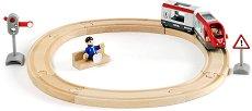 Пътнически влак с релси - Детски дървен комплект с аксесоари -