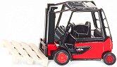 """Мотокар - Linde E35 - Метална играчка от серията """"Super: Transporters & Loaders"""" - играчка"""