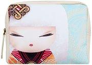 """Козметичен несесер Namika - Усмивка от съдбата - Детски аксесоар от серията """"Kimmidoll"""" -"""