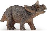 "Бебе трицератопс - Фигура от серията ""Динозаври и праистория"" -"