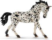 """Кнабструпер кобила с черна грива - Фигура от серията """"Животните от фермата"""" - фигура"""