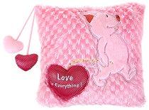 Плюшена възглавничка с прасенце - Love is everything - играчка