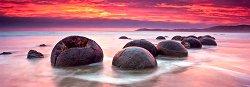 """Камъните Моераки, Нова Зеландия - панорама - Колекция """"Александър Фон Хумболт"""" (Alexander von Humboldt) -"""