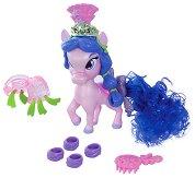 """Понито Личи - Фигура с аксесоари от серията """"Palace Pets: Primp & Pamper Ponies"""" -"""