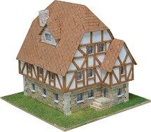German house - Сглобяем модел от тухлички -