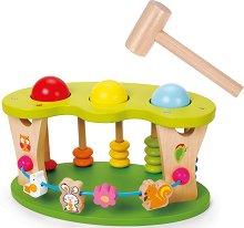 Удари топчето - Детска дървена играчка с чукче - играчка