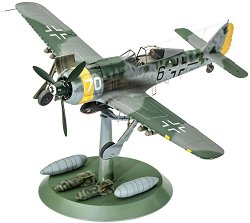 Военен самолет - Focke Wulf FW190 F-8 - Сглобяем авиомодел - макет
