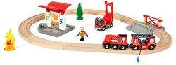 """Пожарникарско влакче - Дървена играчка с аксесоари от серията """"Brio: Комплекти с релси"""" - творчески комплект"""