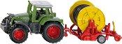 """Трактор с макара за напояване - Fendt - Метална играчка от серията """"Super: Agriculture"""" - играчка"""