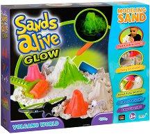 """Магически светещ пясък за моделиране - Светът на вулканите - Творчески комплект от серията """"Sands Alive"""" - играчка"""