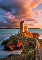 Фарът Петит Миноу, Франция -