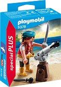 """Пират с оръдие - Детски конструктор от серията """"Special: Plus"""" - фигура"""