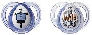 """Силиконови залъгалки с ортодонтична форма - Any Time: Boy - Комплект от 2 броя от серия """"Closer to Nature"""" за бебета от 0 до 6 месеца -"""