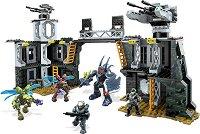 """UNSC - Военна база - Детски конструктор от серията """"Halo"""" - играчка"""
