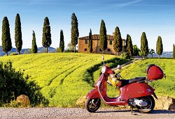 Скутер в Тоскана, Италия -