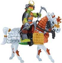 """Микеланджело - Самурай с кон - Комплект фигури за игра от серията """"Костенурките Нинджа"""" -"""