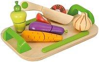 Зеленчуци - Детски дървен комплект с дъска и ножче за рязане -