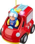 """Пожарникарски камион със светлинен и звуков ефект - Играчка с дистанционно управление от серията """"Junior"""" -"""