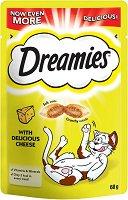 Dreamies with Cheese - Лакомство със сирене за котки на възраст над 8 седмици - опаковка от 60 g - продукт
