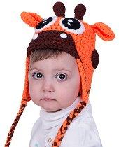 Ръчно плетена шапка - Жирафче -