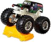 """Бъги - Grave Digger - Комплект за игра от серията """"Hot Wheels: Monster Jam"""" -"""