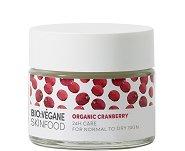 """Bio:Vegane Skinfood Organic Cranberry 24H Care - Крем за лице за нормална към суха кожа с био червена боровинка от серията """"Organic Cranberry"""" -"""