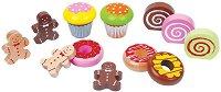 Сладки и кексчета - Дървен комплект за игра -