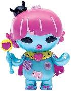 """Фигура с аксесоари - Screamy Queen - Детска играчка от серията """"U Hugs"""" -"""