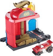 """Писта - Downtown Fire Station Spinout - Комплект с количка от серията """"Hot Wheels: City"""" - играчка"""