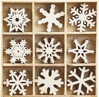 Дървени фигурки - Снежинки - Комплект от 45 броя в кутия