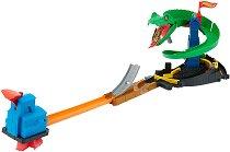 """Писта - Cobra Crush - Комплект с количка от серията """"Hot Wheels: City"""" - детски аксесоар"""
