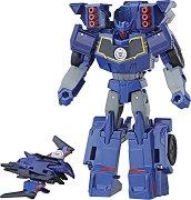 """Laserbeak и Soundwave - 2 комбиниращи се фигури за игра от серията """"Transformers: Combiner Force"""" -"""