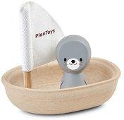 Платноходка с тюленче - Дървена играчка за баня -