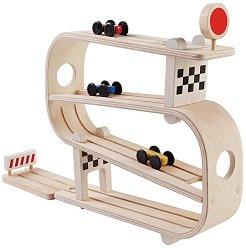 Писта с колички - Детска играчка от дърво - играчка