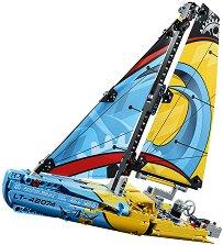 """Състезателна яхта - 2 в 1 - Детски конструктор от серията """"LEGO Technic"""" -"""