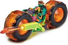 """Микеланджело с мотор - Комплект за игра от серията """"Възходът на костенурките нинджа"""" - фигура"""