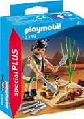 """Археолог - Фигура с аксесоари от серията Special: Plus"""" - играчка"""