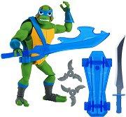 """Леонардо - Екшън фигура с аксесоари от серията """"Възходът на костенурките нинджа"""" - играчка"""
